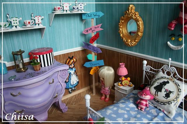 Dollhouse et Diorama de Chiisa - Photos diorama Alice (p7) - Page 5 14920013404_7e86c7f5b1_z