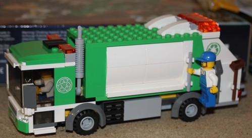 4432_LEGO_Camion_Poubelle_01