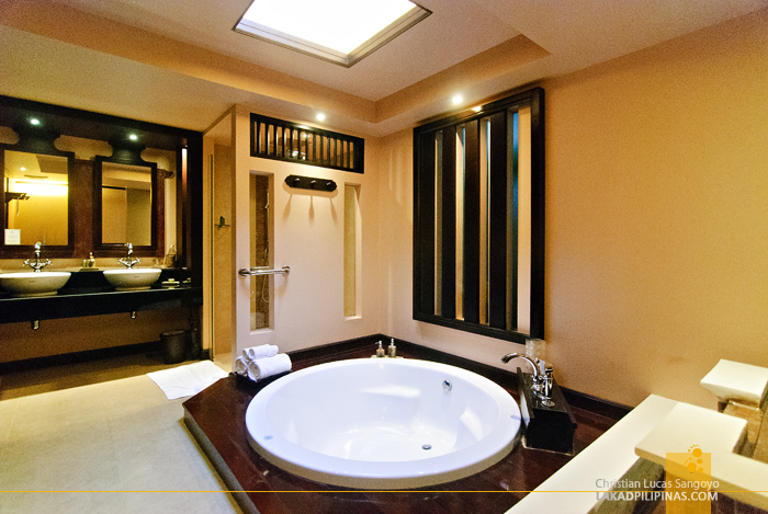 Bathroom at Siripanna Villa Resort Spa in Chiang Mai