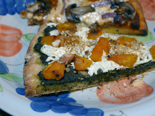 2014-10-19 - Butternut Squash & Pesto Pizza - 0008 [flickr]