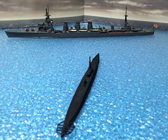 1944年10月25日22:42。米潜「ジャラオ」、単艦で呉へ向かう「多摩」を発見。