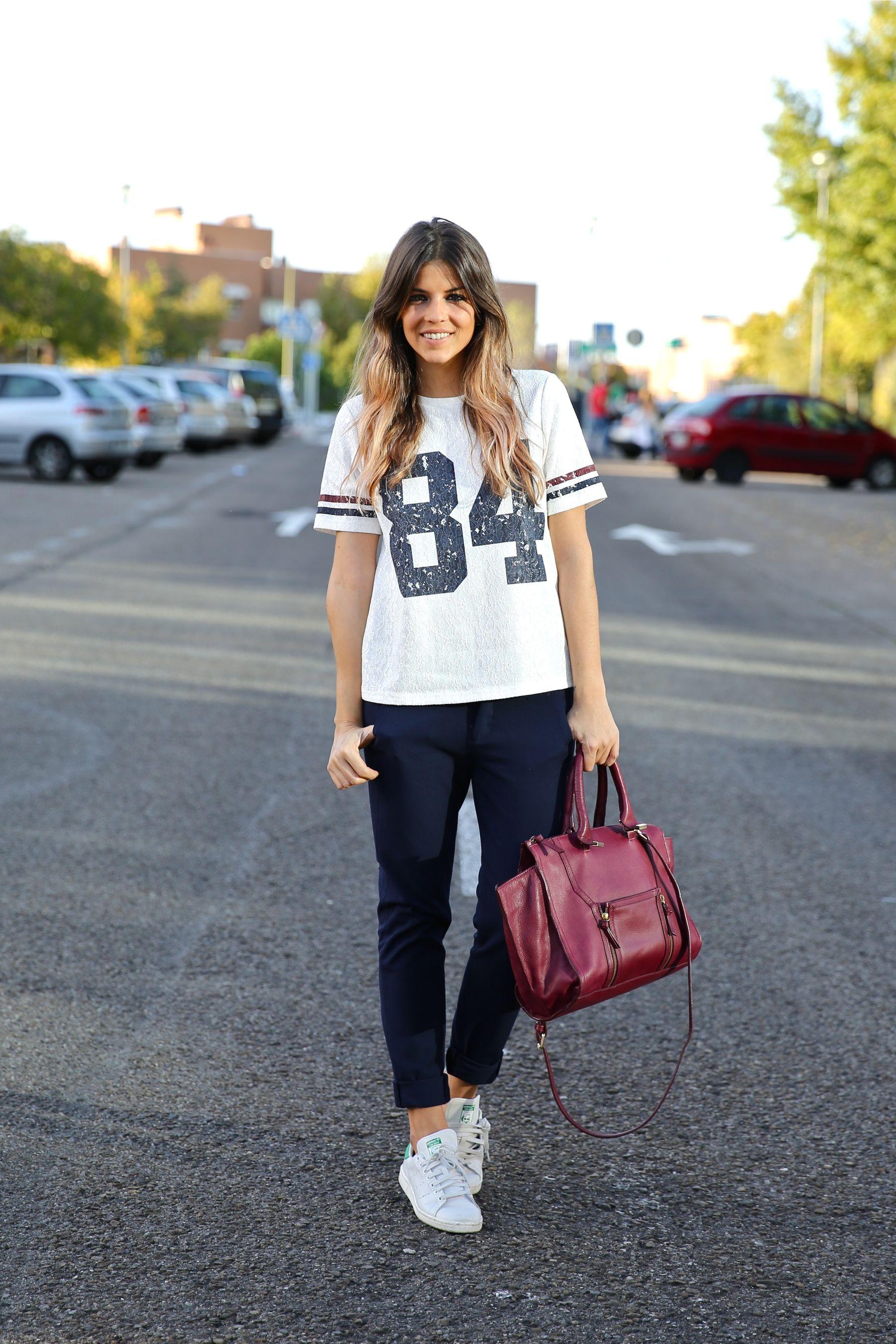trendy_taste-look-outfit-street_style-ootd-blog-blogger-fashion_spain-moda_españa-zara-stan_smith-adidas-cosette-tee-baseball-camiseta-numero-pantalón-capri-pinzas-4