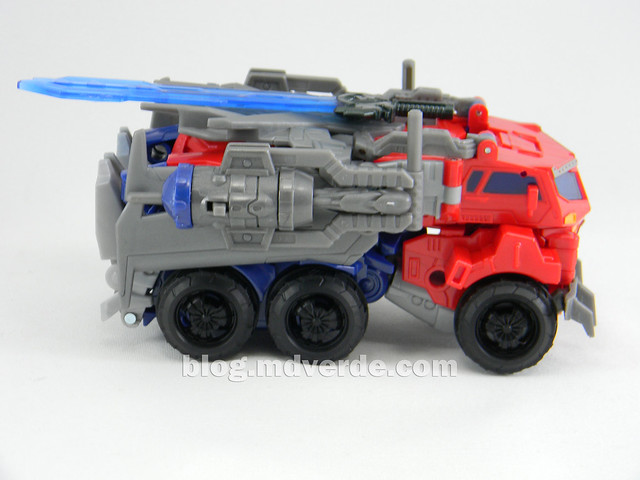 Transformers Hunter Optimus Prime Voyager - Transformers Go - modo alterno