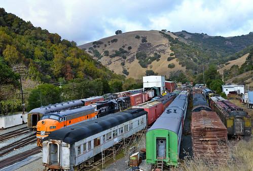 california morning november autumn color fall nikon eastbay alamedacounty d800 2014 nilescanyonrailroad