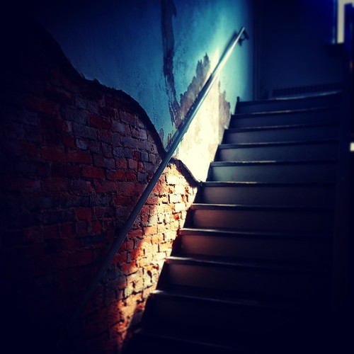 Sunlight in the stairwell @Deskey, part three...