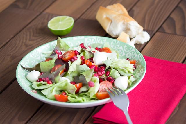 salad desk