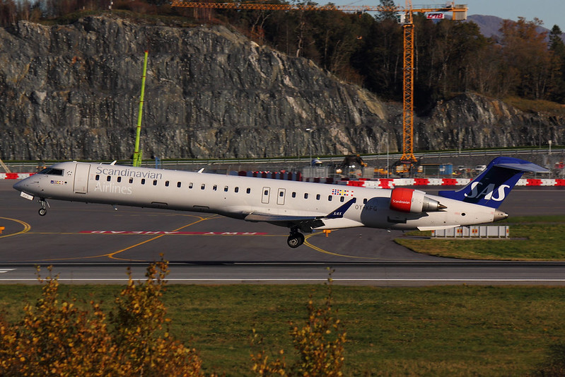 SAS - CRJ9 - OY-KFG (1)