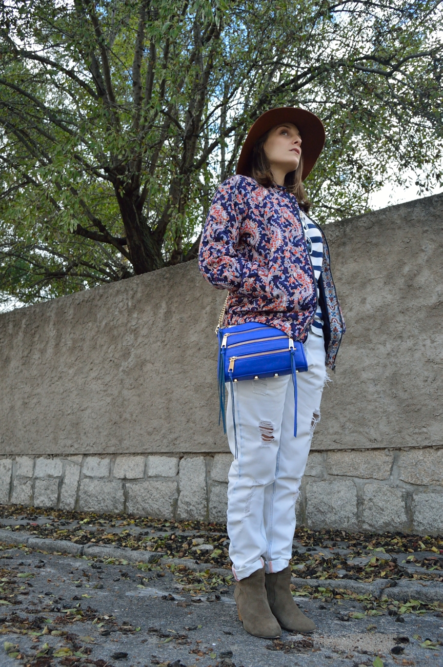 lara-vazquez-mad-lula-style-streetstyle-mix-prints-look-fall