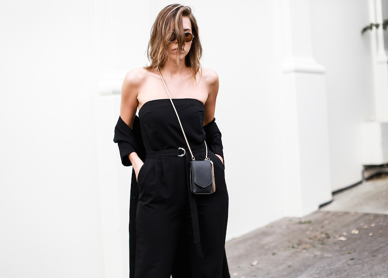 MODERN LEGACY x ASOS Spring Racing All Black outfit street style (4 of 10)