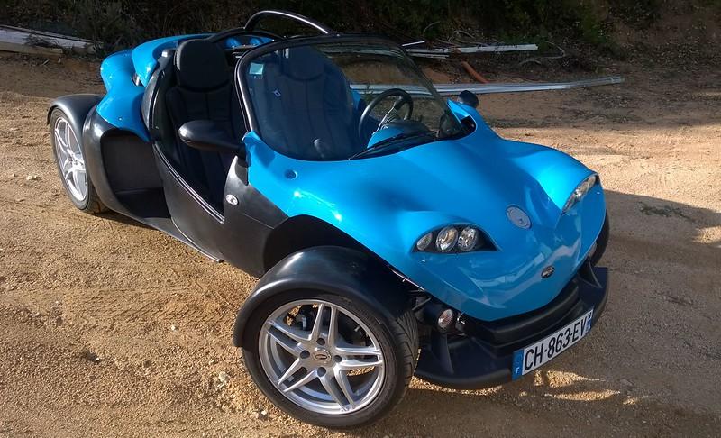F16/110 Chx bleu, 4000 kms 14500 Euros dans le Var (83) 15466589787_25f6d6375e_c