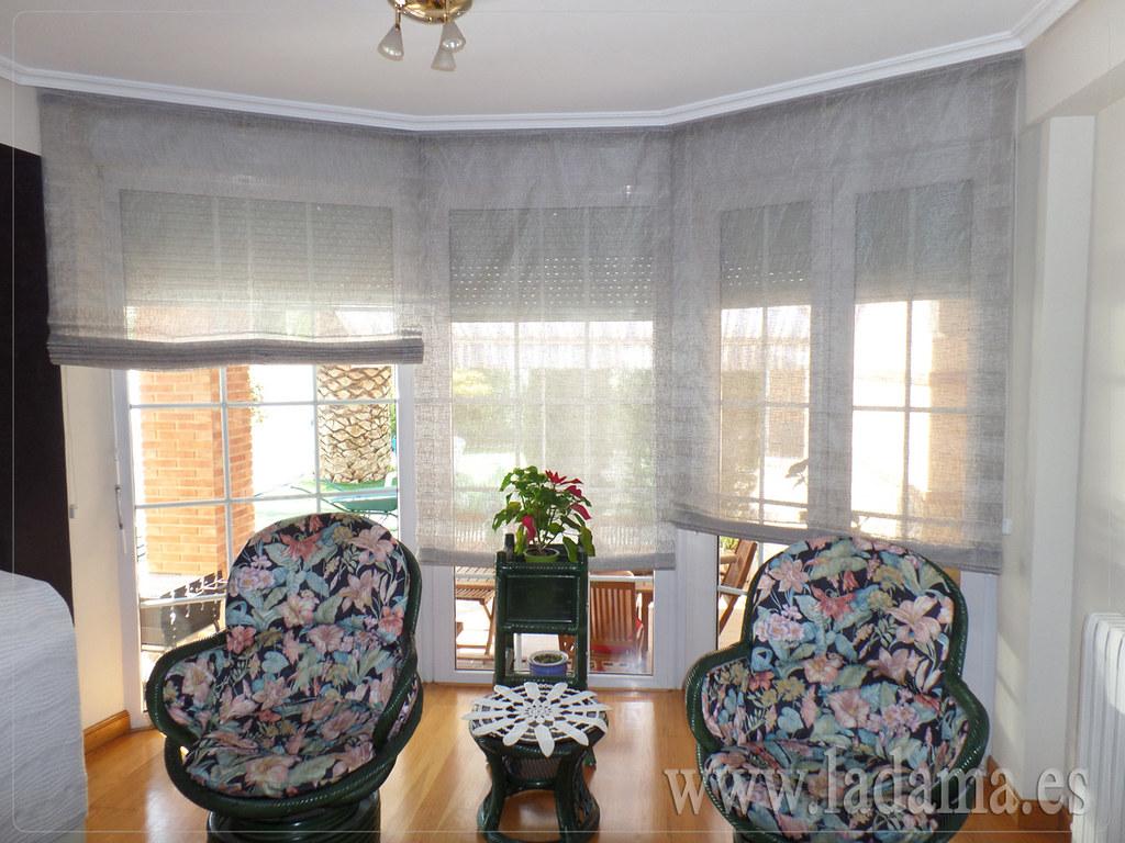 Fotograf as de cortinas en salones cl sicos la dama - Estores con fotos ...