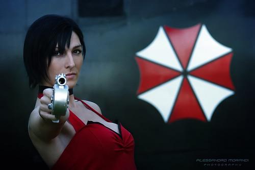 Lucca Comics & Games 2014 - UMBRELLA ITALIAN DIVISION - Ada Wong - Cosplay Mikela Frost