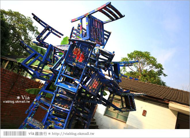 【台中霧峰景點】台中光復新村~可愛的造型椅林立、讓老眷村重新充滿新活力!23