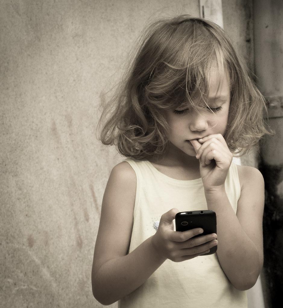 Ange et smartphone
