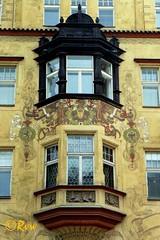 Bow-windows - Oriels