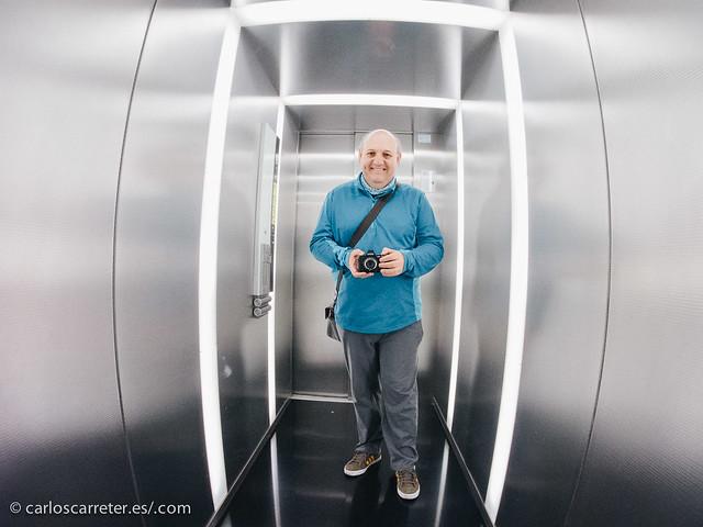 Como mola el ascensor del Pablo Serrano
