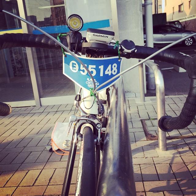 自転車前ゼッケンはこんな感じでいいのかな。