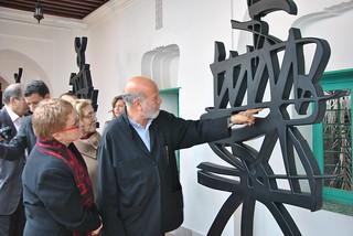 Rachid Koraichi sculpture