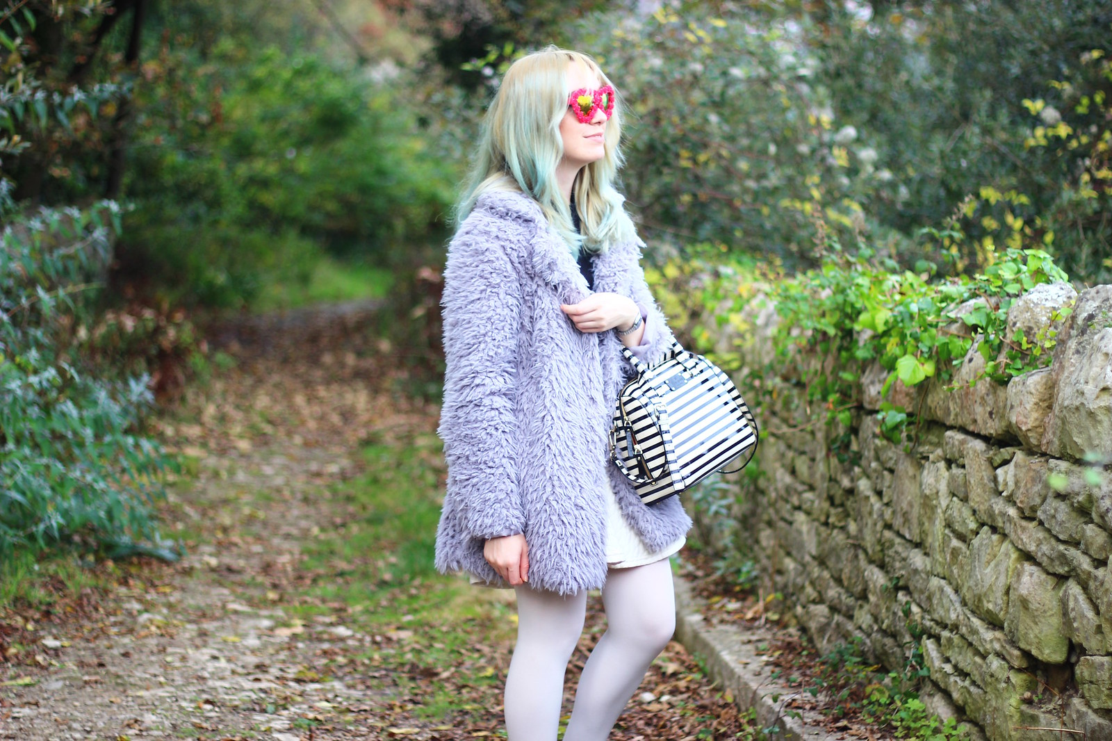 3heartglasses, pastel hair blogger, heart shaped sunglasses, style