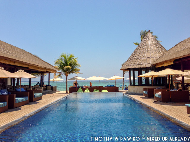 Indonesia - Bali - Nusa Lembongan Island - Lembongan Beach Club & Resort - The infinity pool
