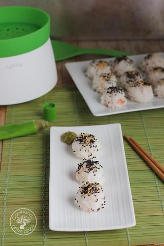 Bolitas de arroz rellenas de salmon www.cocinandoentreolivos.com (15)
