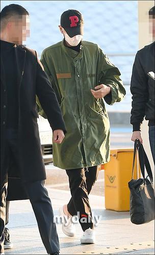 BIGBANG departure Seoul to Nagoya 2016-12-02 (57)
