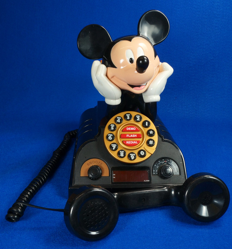RD14898 Rare Vintage Mickey Mouse Talking Alarm Clock Radio Telephone DSC06897