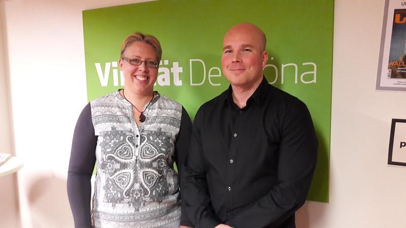 Kuntavaaliehdokkat Marjaana Siivola ja Mikko Välisalo