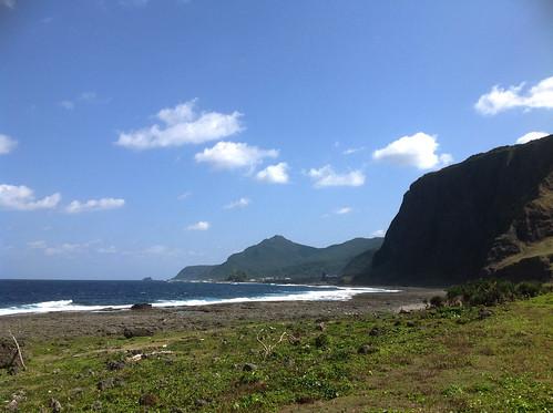 蘭嶼自然景觀保存完好,山與海在各處相交,藍綠縱橫各地。攝影/陳品君