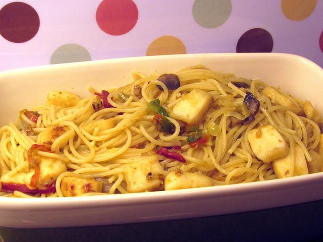 Rodelas de pota com esparguete