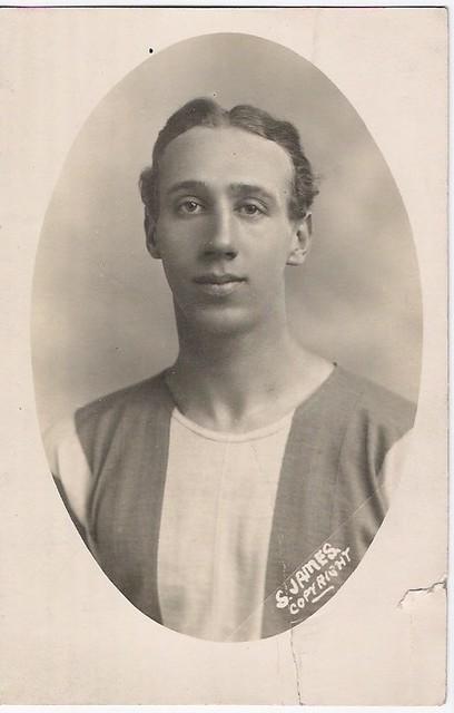 25 Sidney James