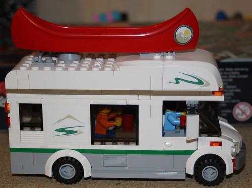 60057_LEGO_Camping_car_Canoe_01