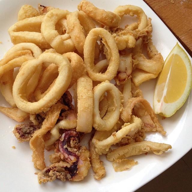 Hoy antojo de calamares rebozados, y qué buen calamar!