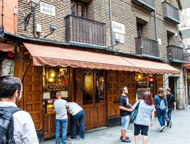 Restaurantes Centenarios de Madrid - Botin 4