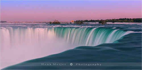 longexposure ontario canada fall nature water canon landscape flow photography niagarafalls waterfall colorful force power mother falls le colourful horseshoefalls aftersunset floydian leefilters canoneos1dsmarkiii henkmeijer