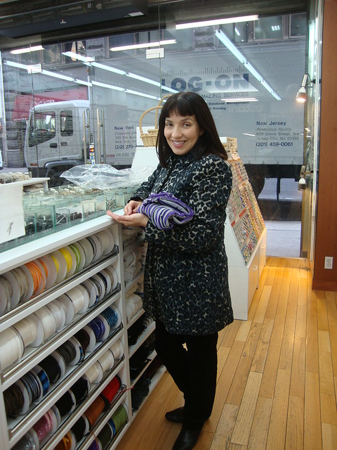 Tomasa choosing buttons at Botani