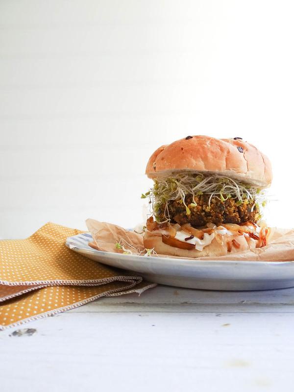 Smokey Pumpkin Tempeh Burgers // SMBP