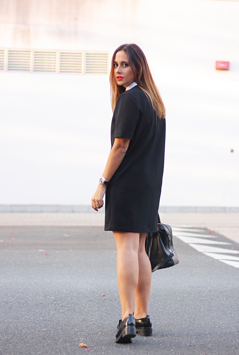outfit-street_style-zara_daily-little_black_dress-peter_pan_dress-tous_bag-loafers