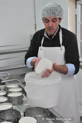 21 - мастер-класс по приготовлению сыра - традиции Португалии
