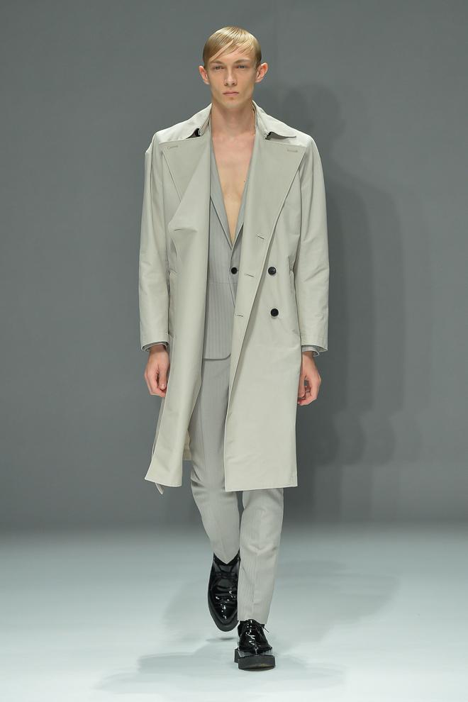 Carol Sapinski3002_SS15 Tokyo DRESSEDUNDRESSED(fashionsnap)