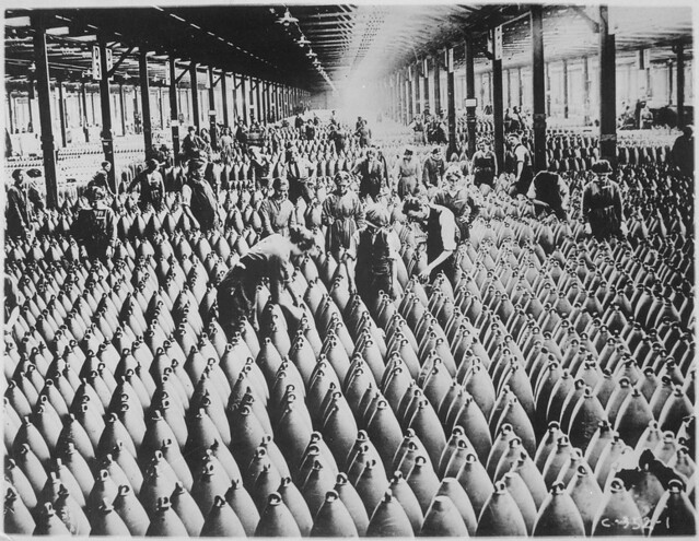 Women In WW1 Munitions Factory