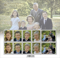 01 LA FAMILLE ROYALE feuillet