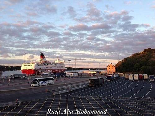 Sweden Stockholm    ميناء ستكهولم Viking lines   London viadukten   #sweden #sverige #stockholm #snow #snowing #vinter #winter #view #nature #travel #romantic #Slussen  #swedes #scandnavia #vikingline #cinderella  #السويد #السفر #السياحة #الطبيعة #رومانسي