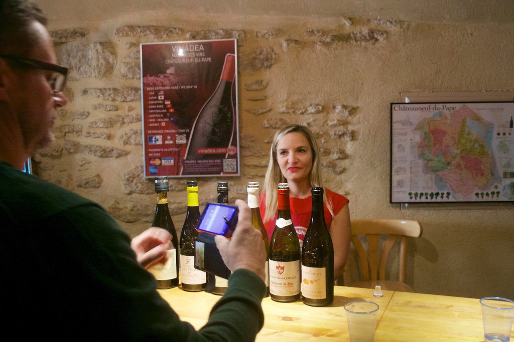 Vinprovning Vinadea i Châteauneuf-du-Pape 3