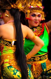 Imagen de Uluwatu Temple. bali dancer uluwatu indonesia temple women