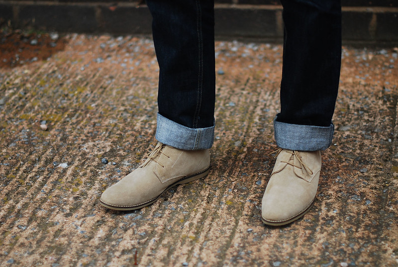 Rolled cuff jeans and desert boots #menswear