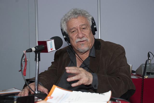Codigo Charla poetas Juan Manuel Roca y Juan Carlos Abril