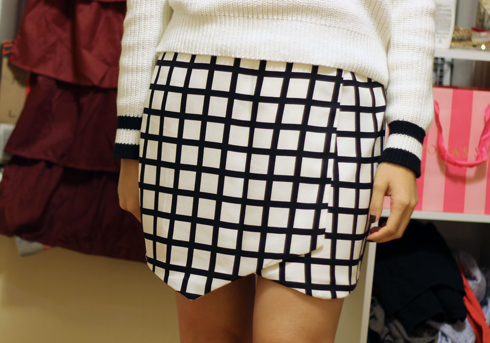 Forever 21 grid print fold over skirt