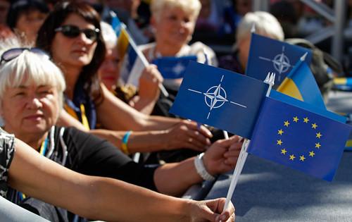 за НАТО1