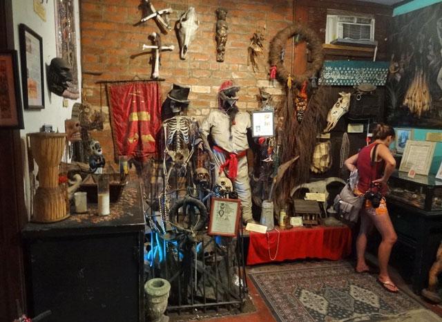 voodoo-museum-interior